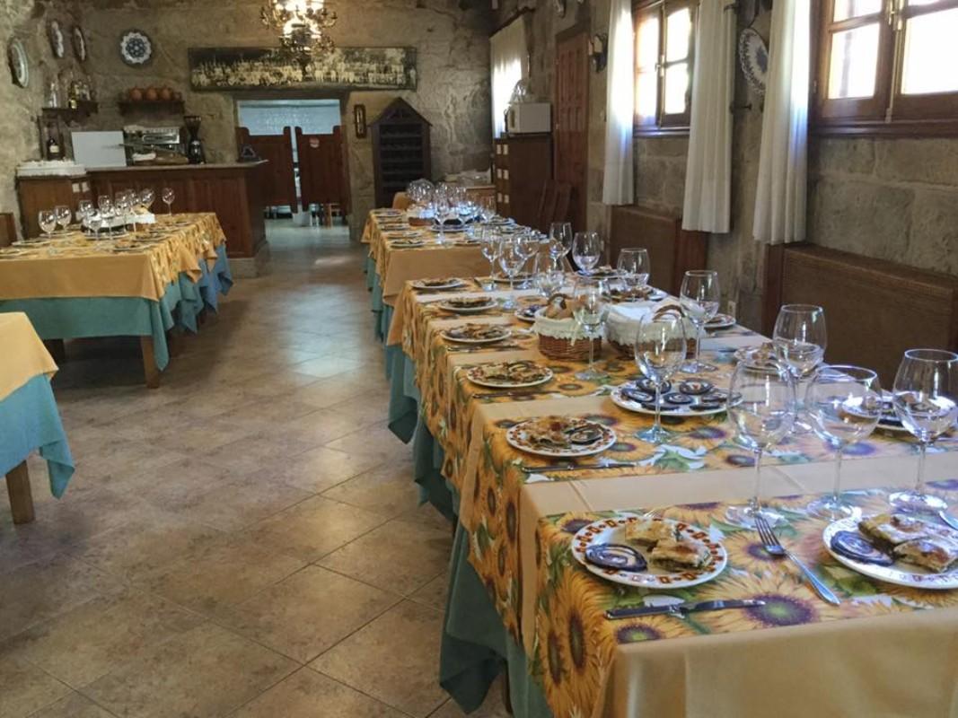 Restaurante Casa Rural - Casa Grande La Almuiña
