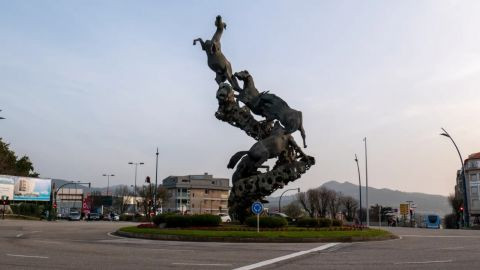 Virtual Tour of Vigo: Urban Streets & Pulpo (Octopus) Tapa Tasting